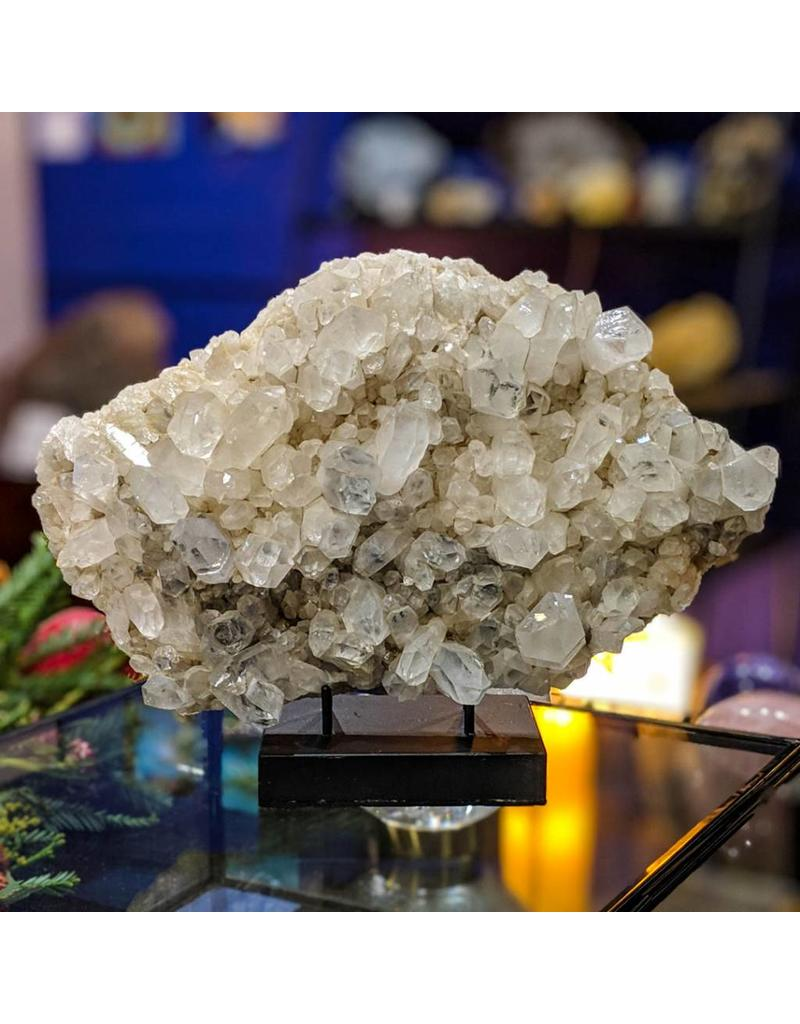 Ravinder Singh Quartz Cluster 280x190x75mm India