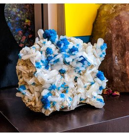 Ravinder Singh Cavansite Stilbite on Basalt 114x104x53mm 434g India