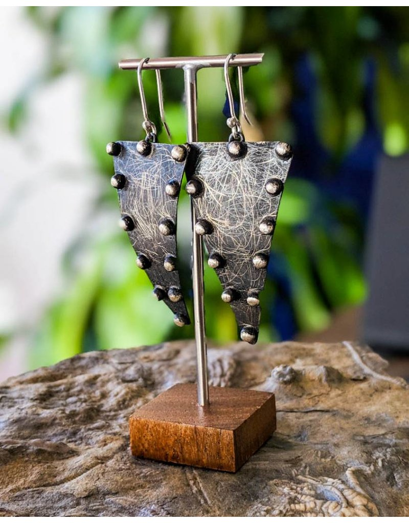 Balaam Design Triangular Dot Oxidized Earrings