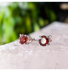 Garnet Stud Earrings 6mm