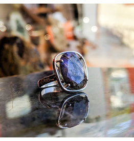 Chalisa Jewelry Labradorite Ring