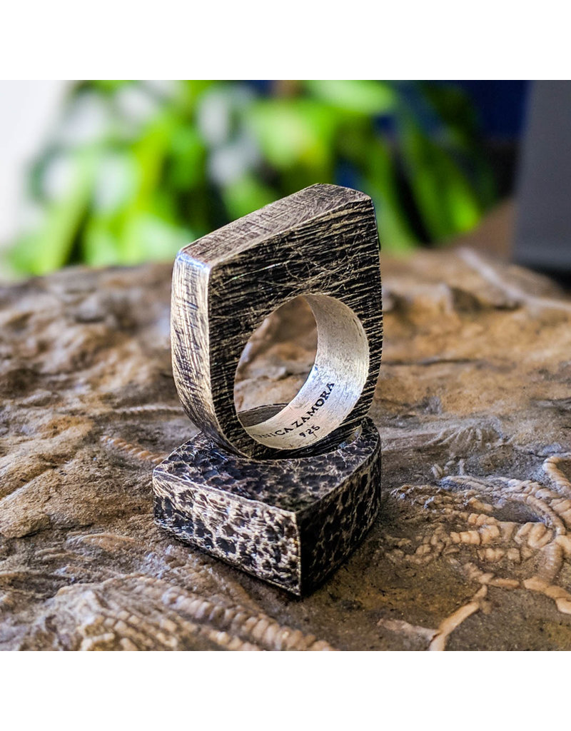 Balaam Design Angle Ring