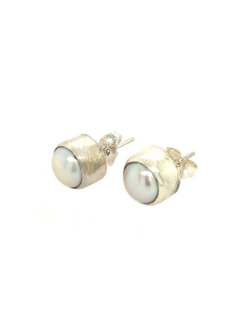 Balaam Design Fresh Water Pearl Stud Earrings