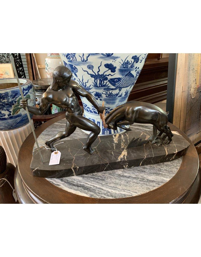 Bronze Statue Hunter (AKG)