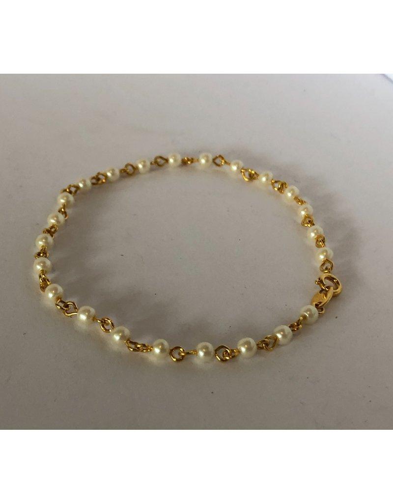 Gold & Pearl Bracelet