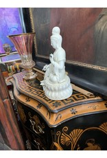 Blanc De Chine Seated Quan Yin