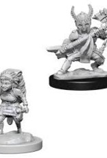 WizKids Dungeons & Dragons Nolzur's Marvelous Miniatures: Female Halfling Fighter