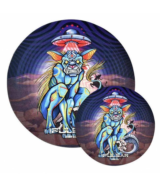 "DabPadz DabPadz x Pulsar 5"" Round Psychedelic Chupacabra Fabric Top 1/4"""