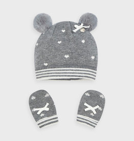 Gray Heart Hat & Mitten Set
