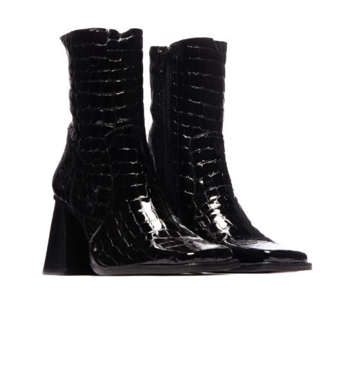 Melana Black Crocro Leather-3