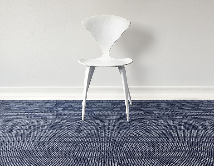 "Chilewich Scout Floormat - Midnight 72"" x 106"""