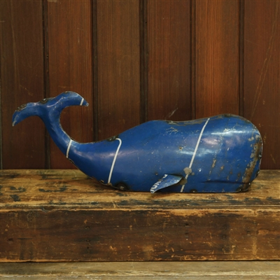 Reclaimed Metal Whale - Md<br />