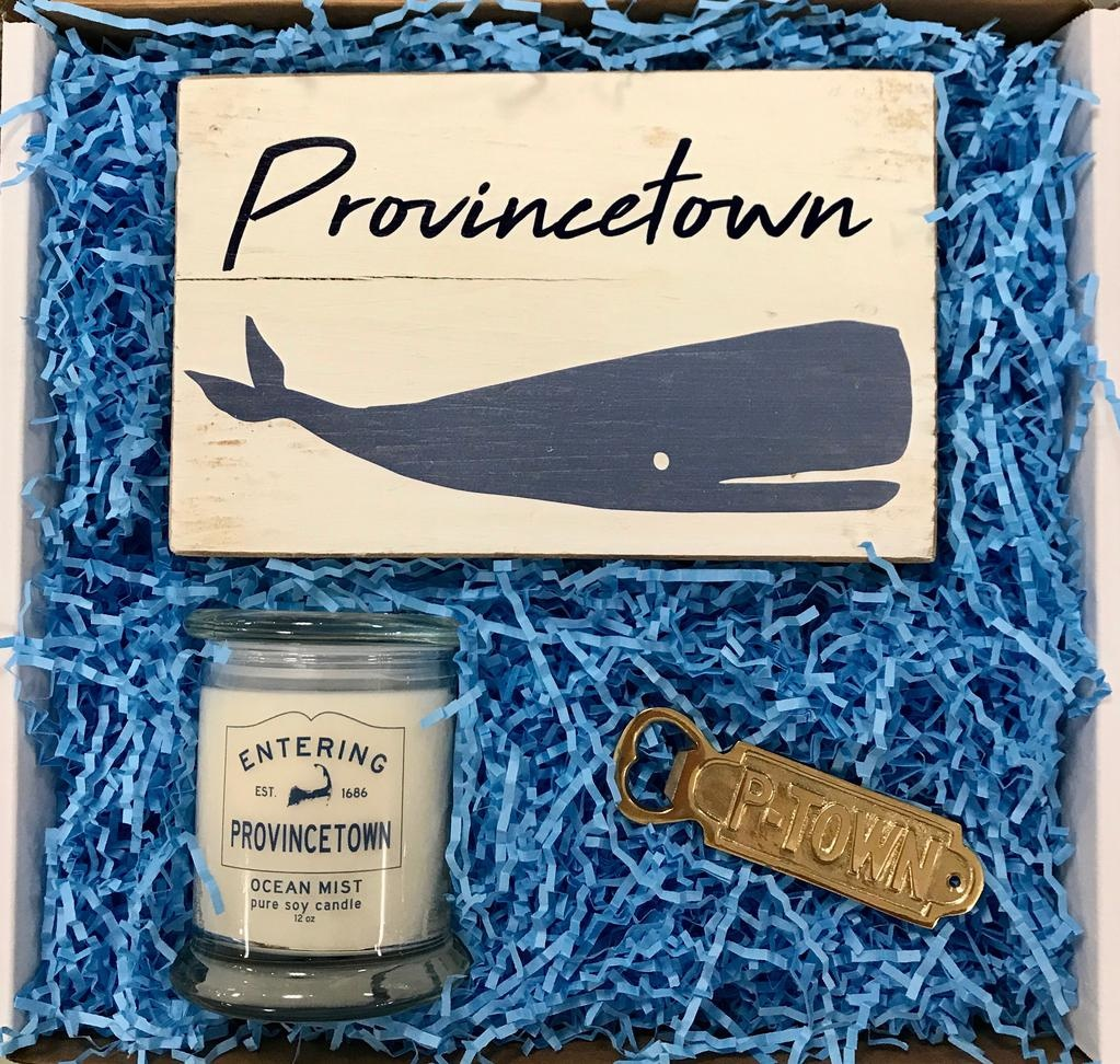 """Roots-Gift Box """"I Love Ptown"""""""
