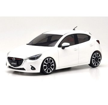 Kyosho Kyosho 32422WP-B MINI-Z FWD MA-03F Mazda 2 White Pearl Mica RS 32422WP-B
