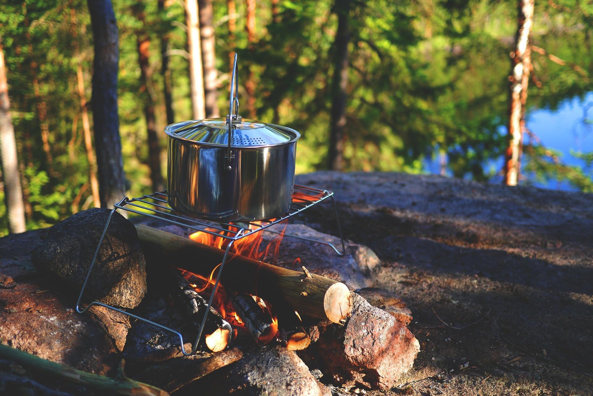 Quoi apporter comme vaisselle en camping