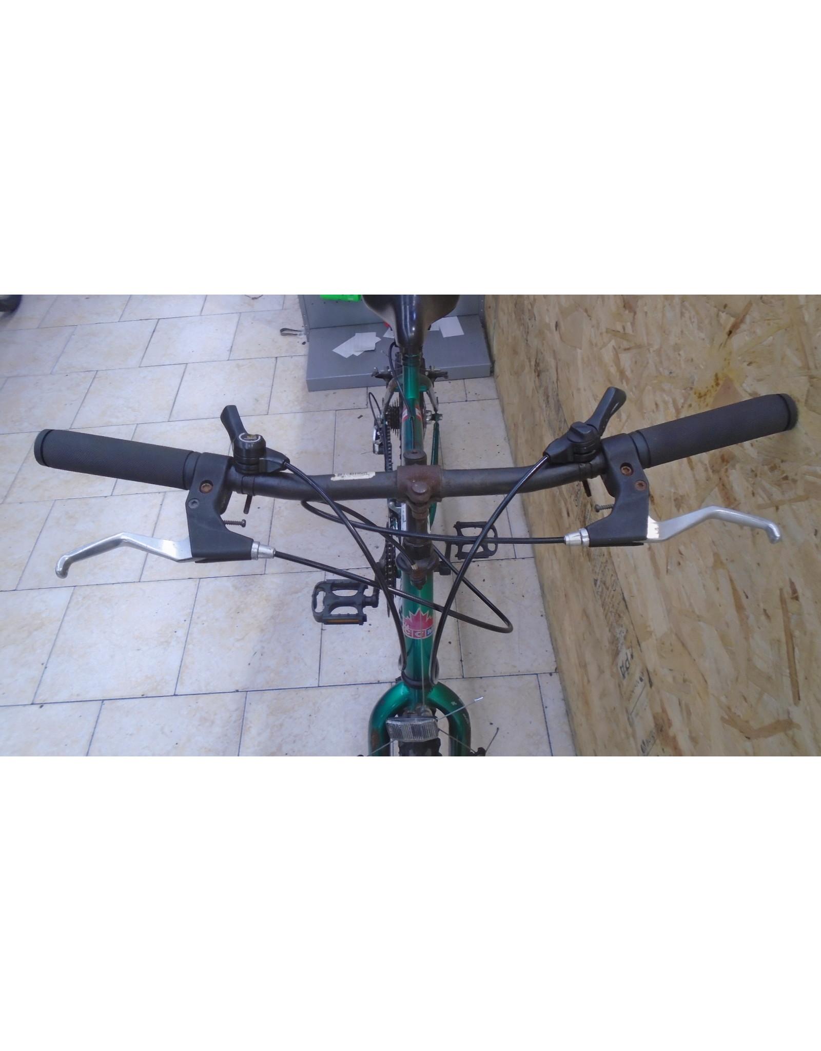 """Vélo usagé de ville CCM 18"""" - 9775"""