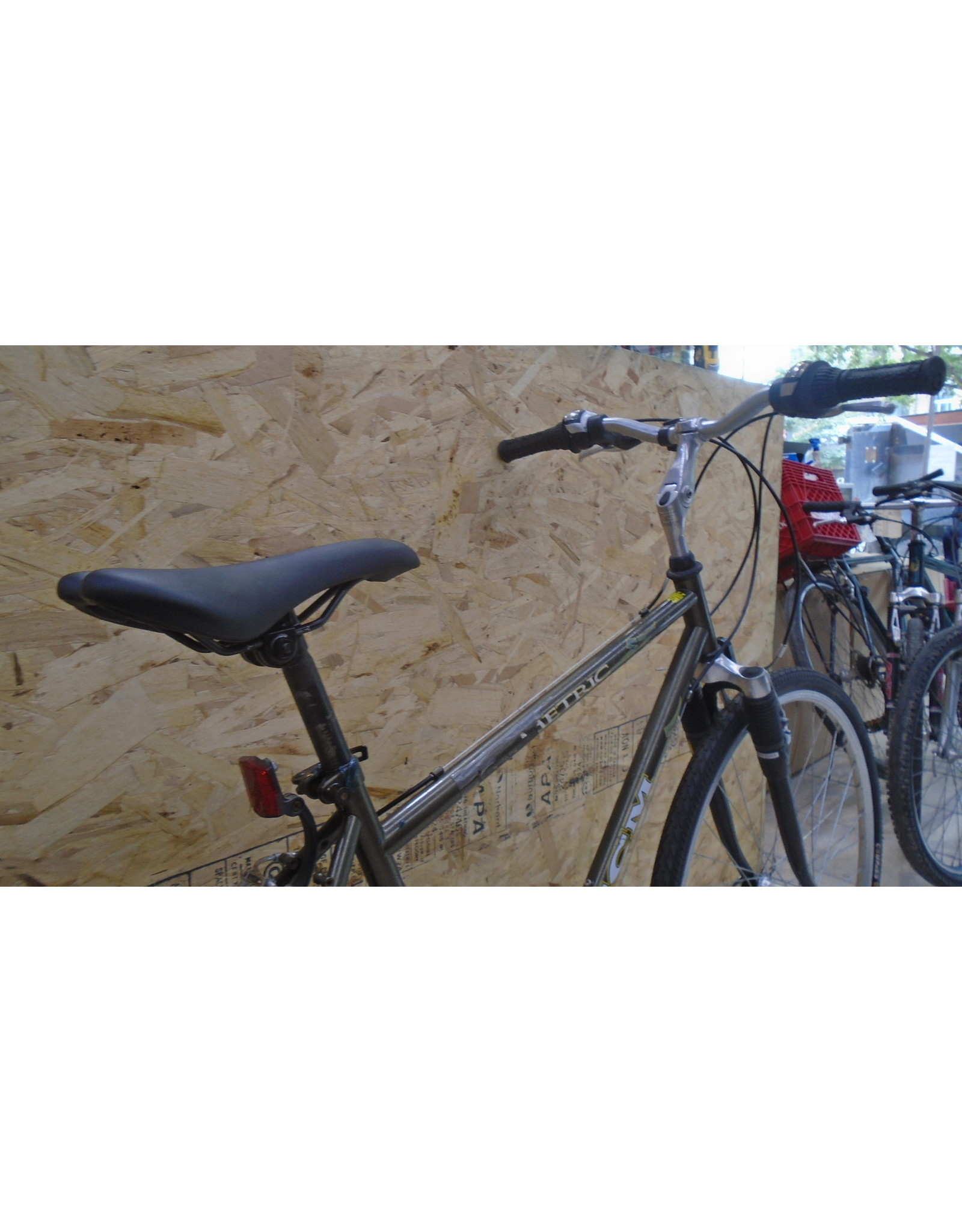 "CCM 18 ""Hybrid Used Bike - 9999"