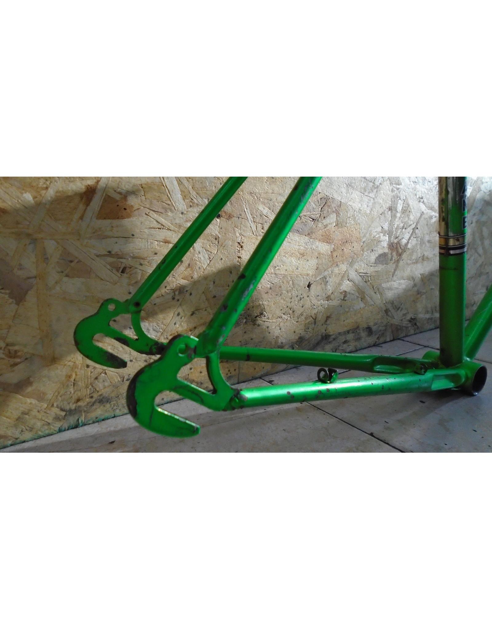 """Cadre usagé en acier de route Motobecane 19.5"""" - 10185"""