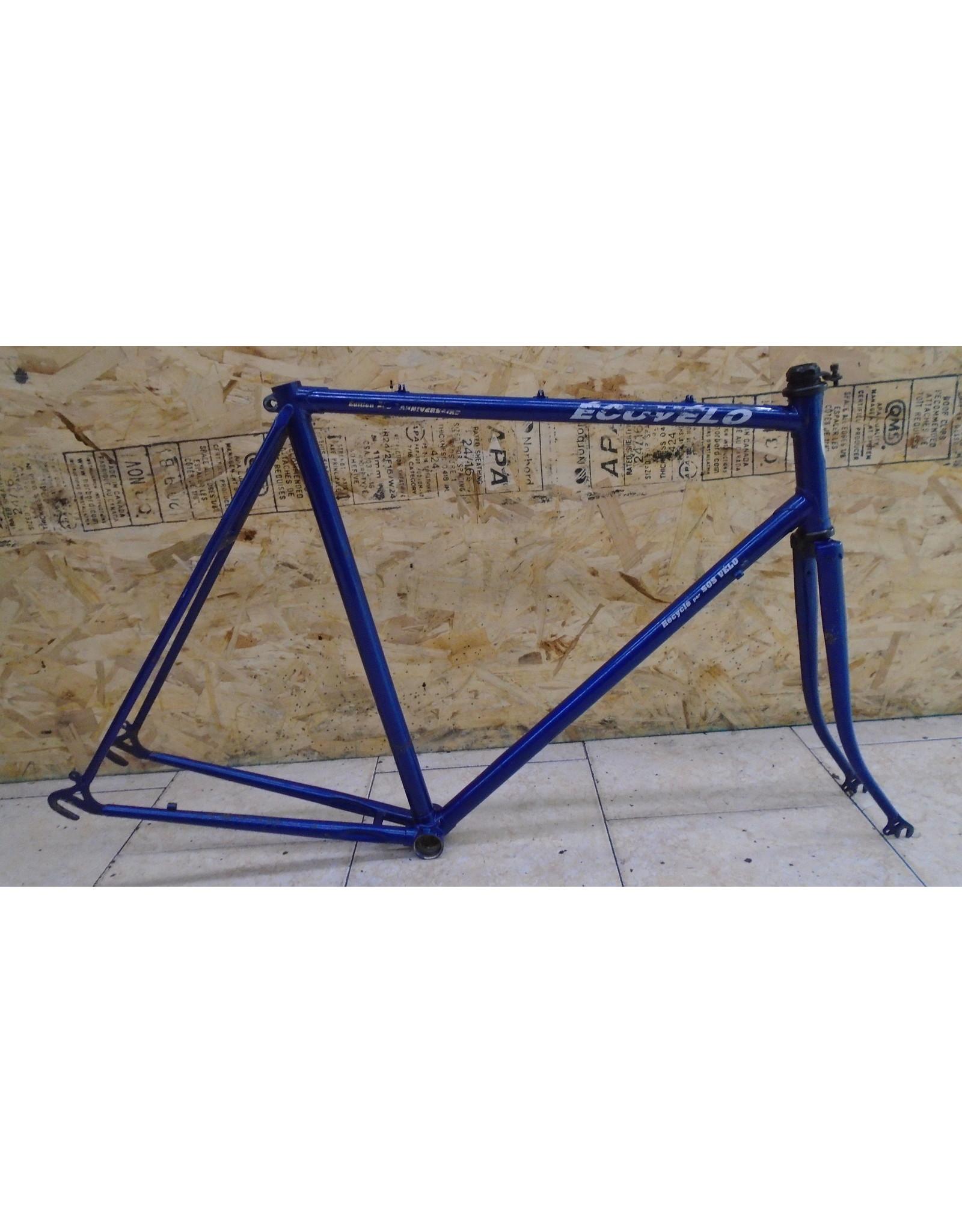 """Cadre usagé en acier de route Éco-Vélo 23"""" - 9301"""
