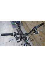 "Gray 18 ""hybrid used bike - 9981"