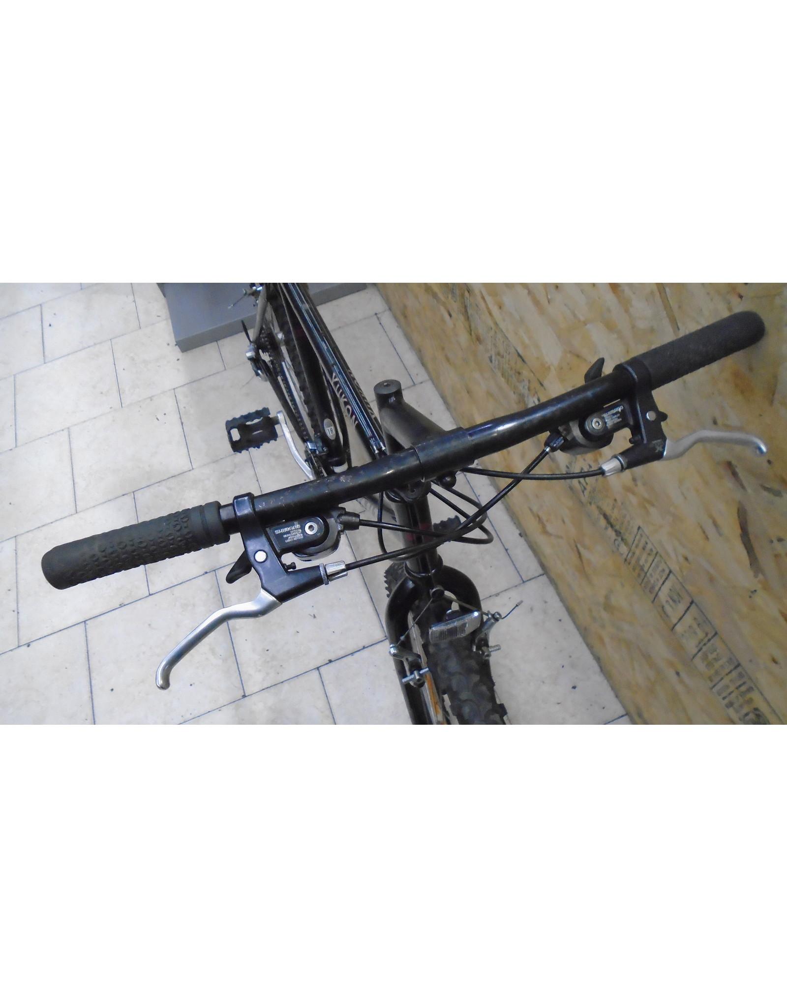 "Vélo usagé de montagne Giant 18"" - 10435"