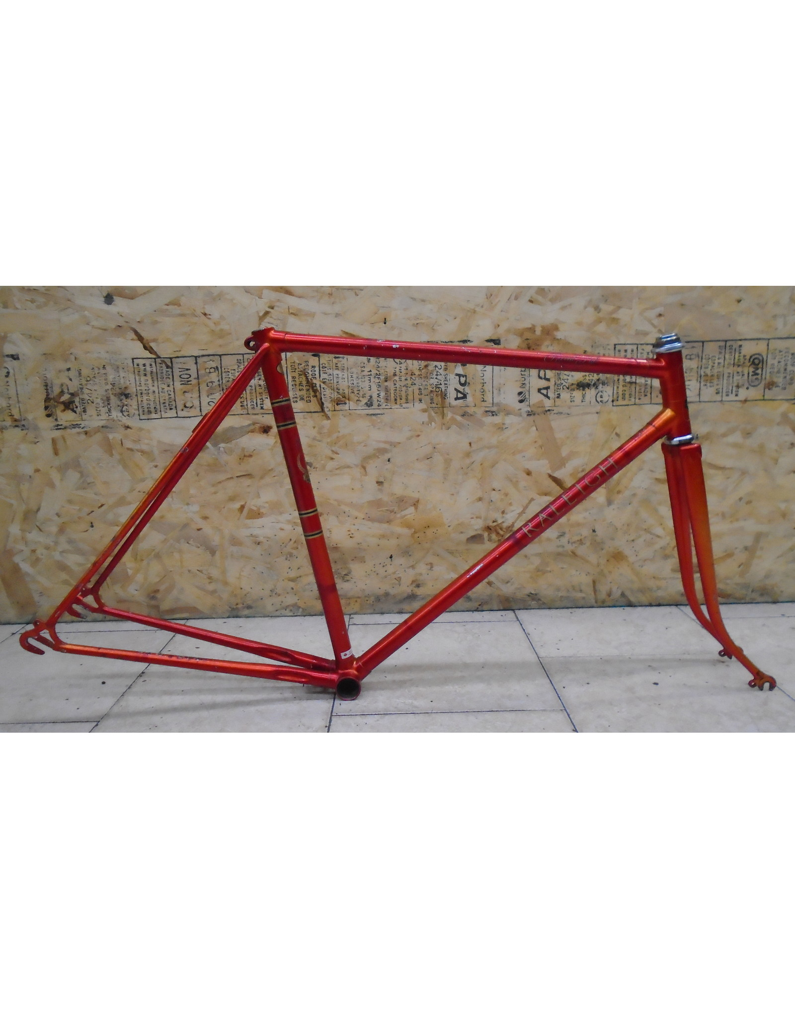 "Used Raleigh 21"" Road Steel Frame - 9950"