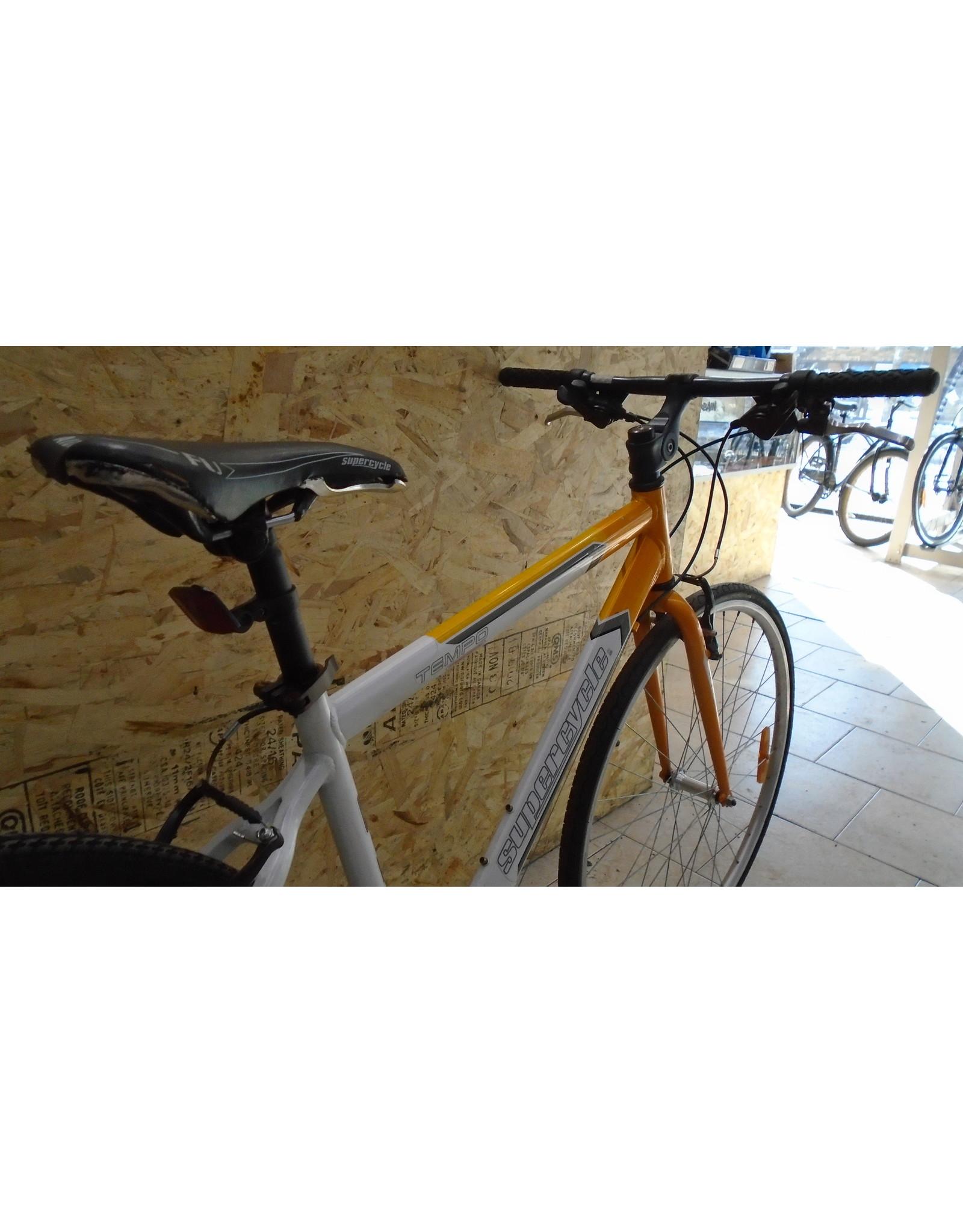 """Copy of Vélo usagé  hybride Morelli 18"""" - 10374"""