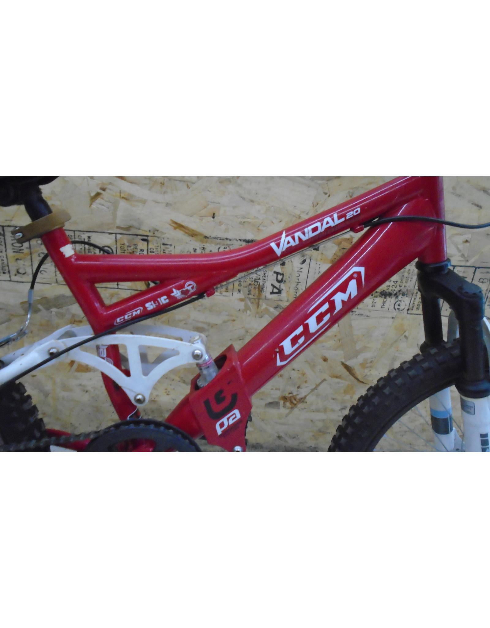 """Vélo usagé pour enfants CCM 20"""" - 10396X"""