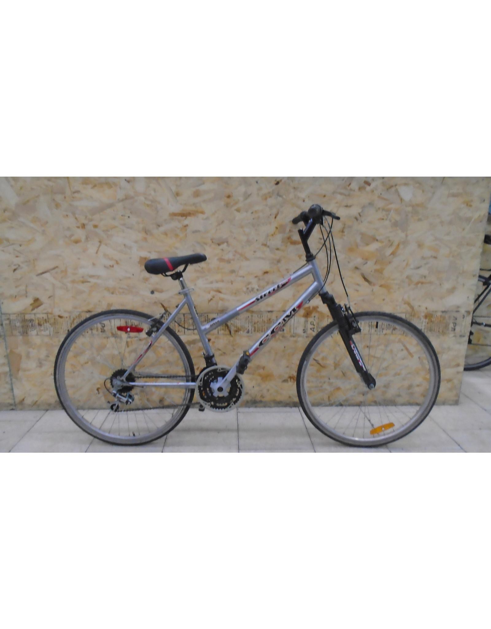 """Vélo usagé de ville CCM 18"""" - 11026"""