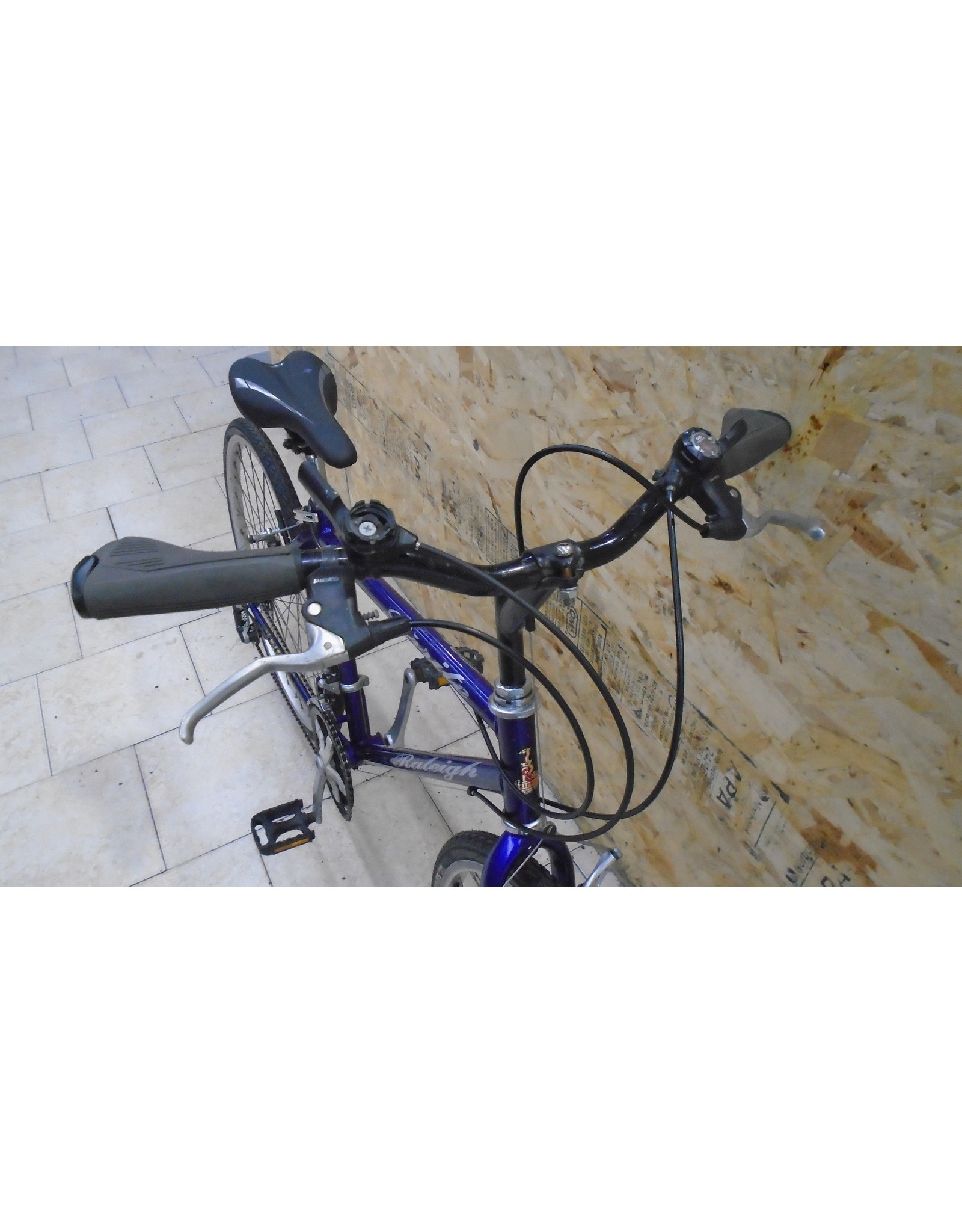 """Vélo usagé de ville Raleigh 16.5"""" - 10989"""