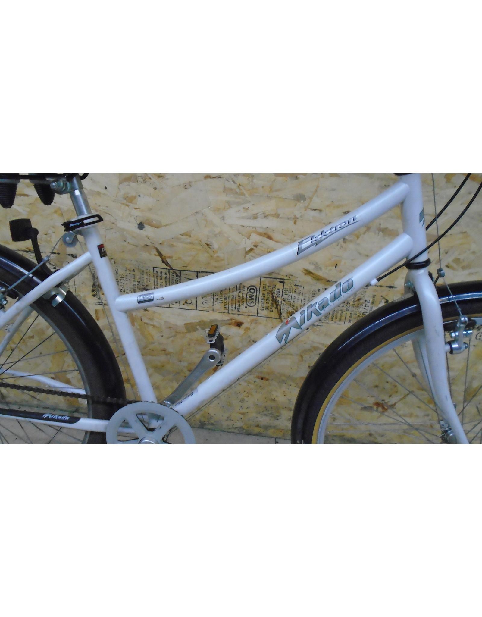 """Vélo usagé de ville Mikado 18"""" - 11084"""