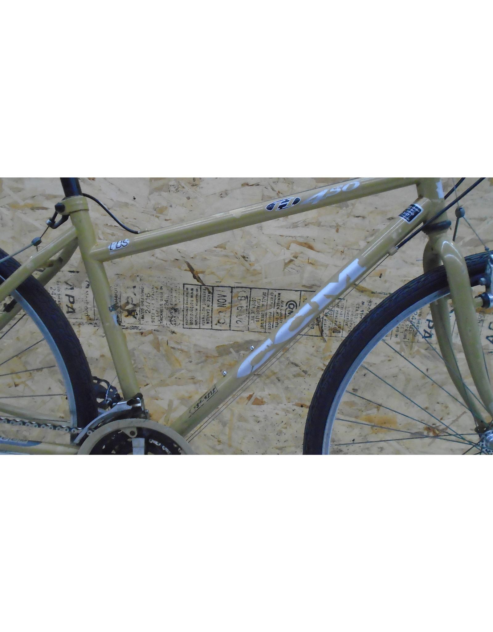"""Vélo usagé hybride CCM 18"""" - 11234"""
