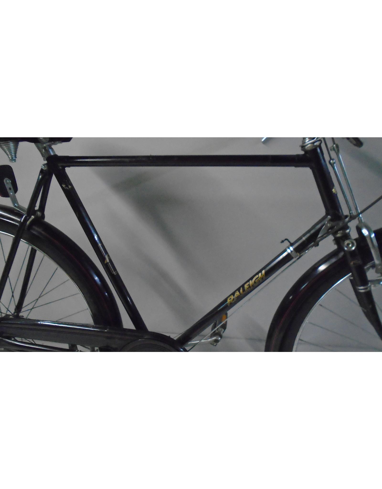 Vélo usagé antique Raleigh