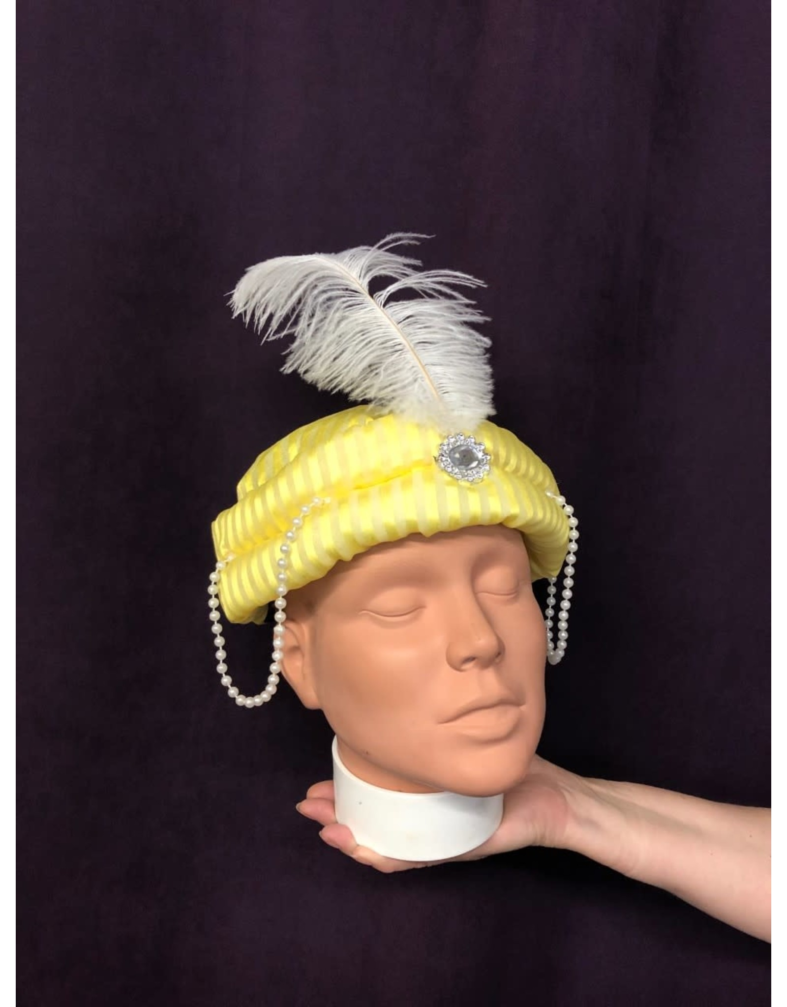 Forum Novelties Inc. Gold Genie Hat