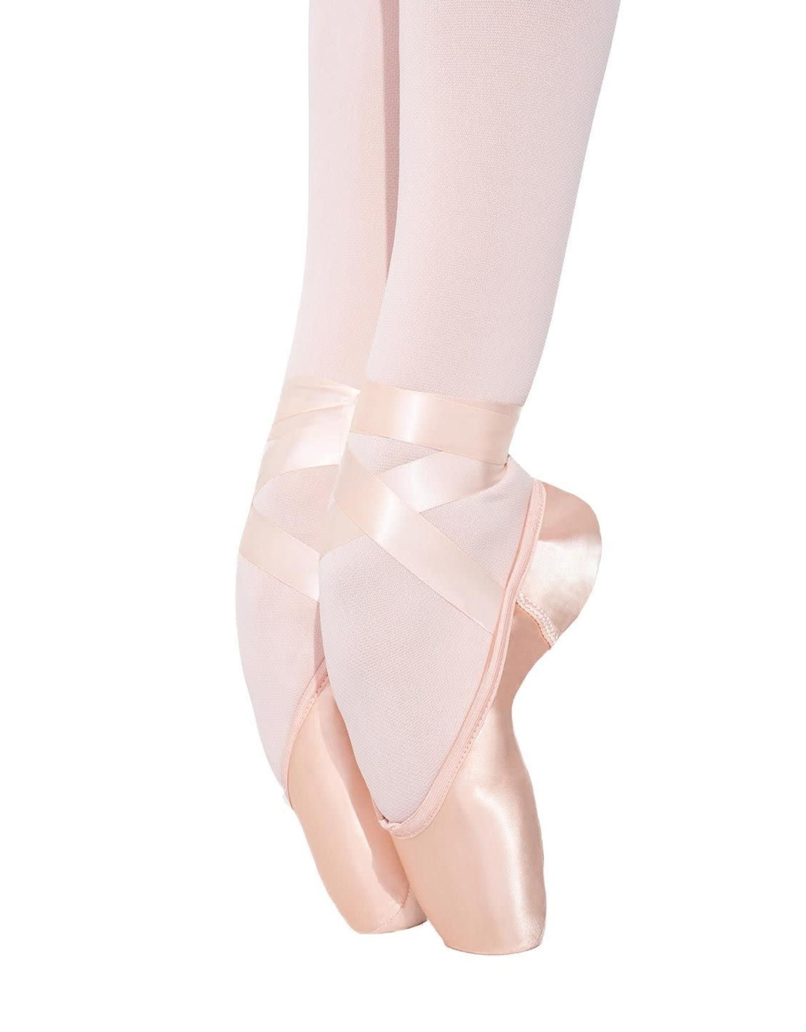 Capezio Capezio Airess Broad Toe (FlexiFirm) Pointe Shoe