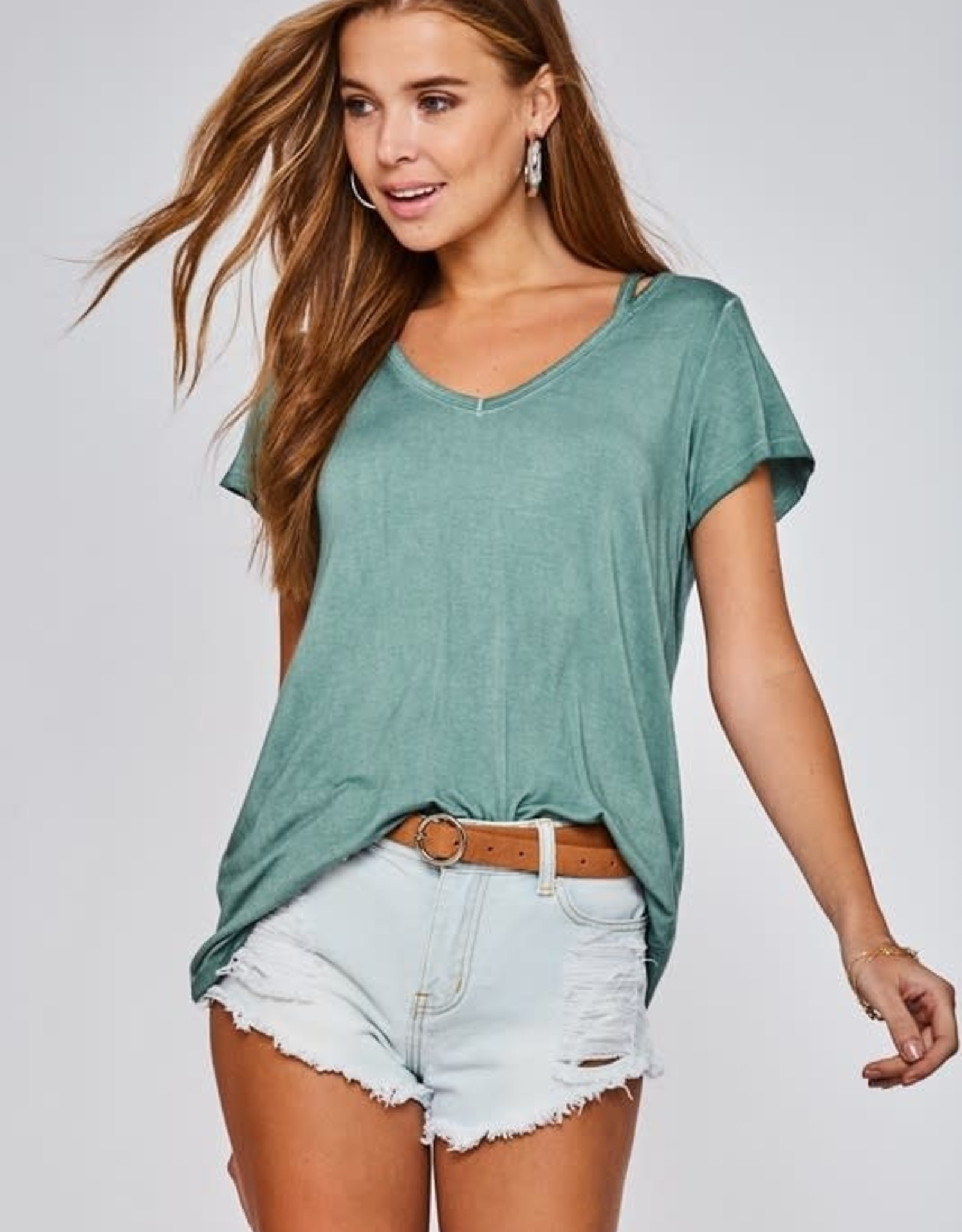 ASHLEY SHORT SLEEVE TOP WITH CUT OUT