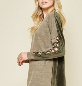 ANDREE BY UNIT DIANA PULLOVER
