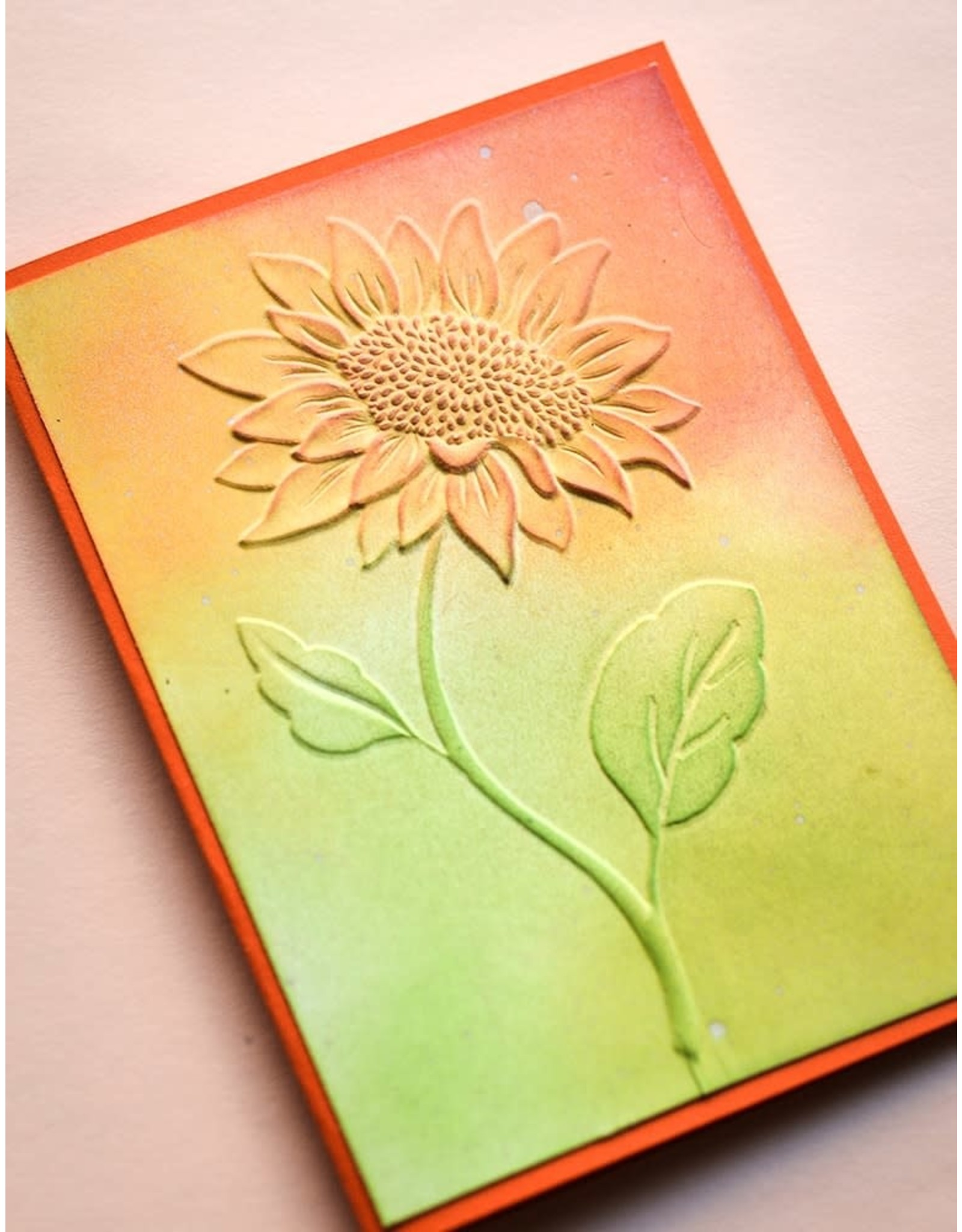 Memory Box Magnificent Sunflower - 3D Embossing Folder