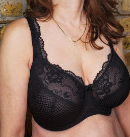 FFY Fit Fully Yours Serena Lace Bra In Black