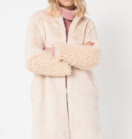 Pia Rossini Grace Coat FauxFurRndNkCurlyFurSleeve