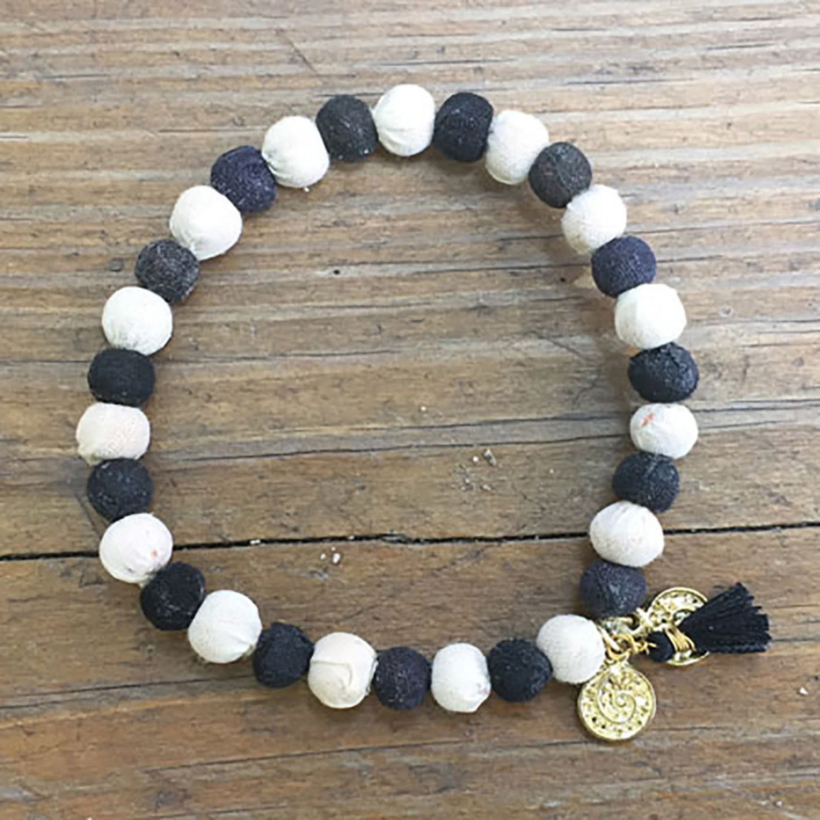 WorldFinds Kantha Connection Bracelet - Balance