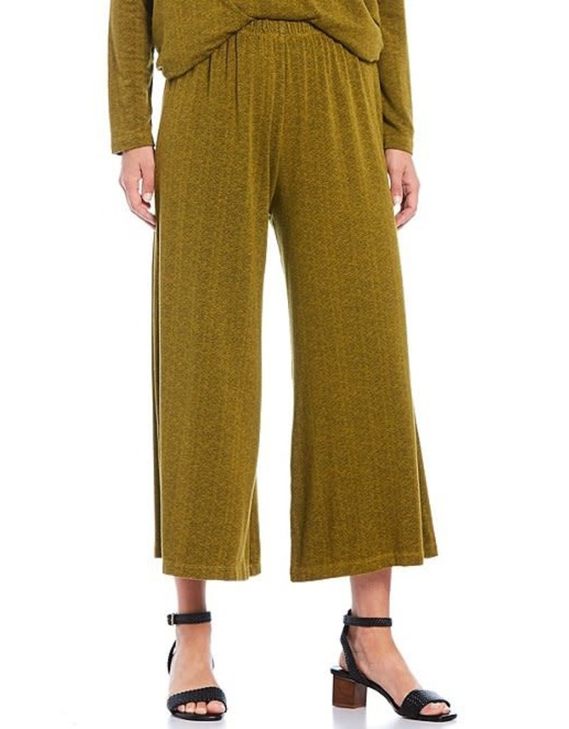 Bryn Walker French Terry Print Pull-On Crop Pant in Reisling