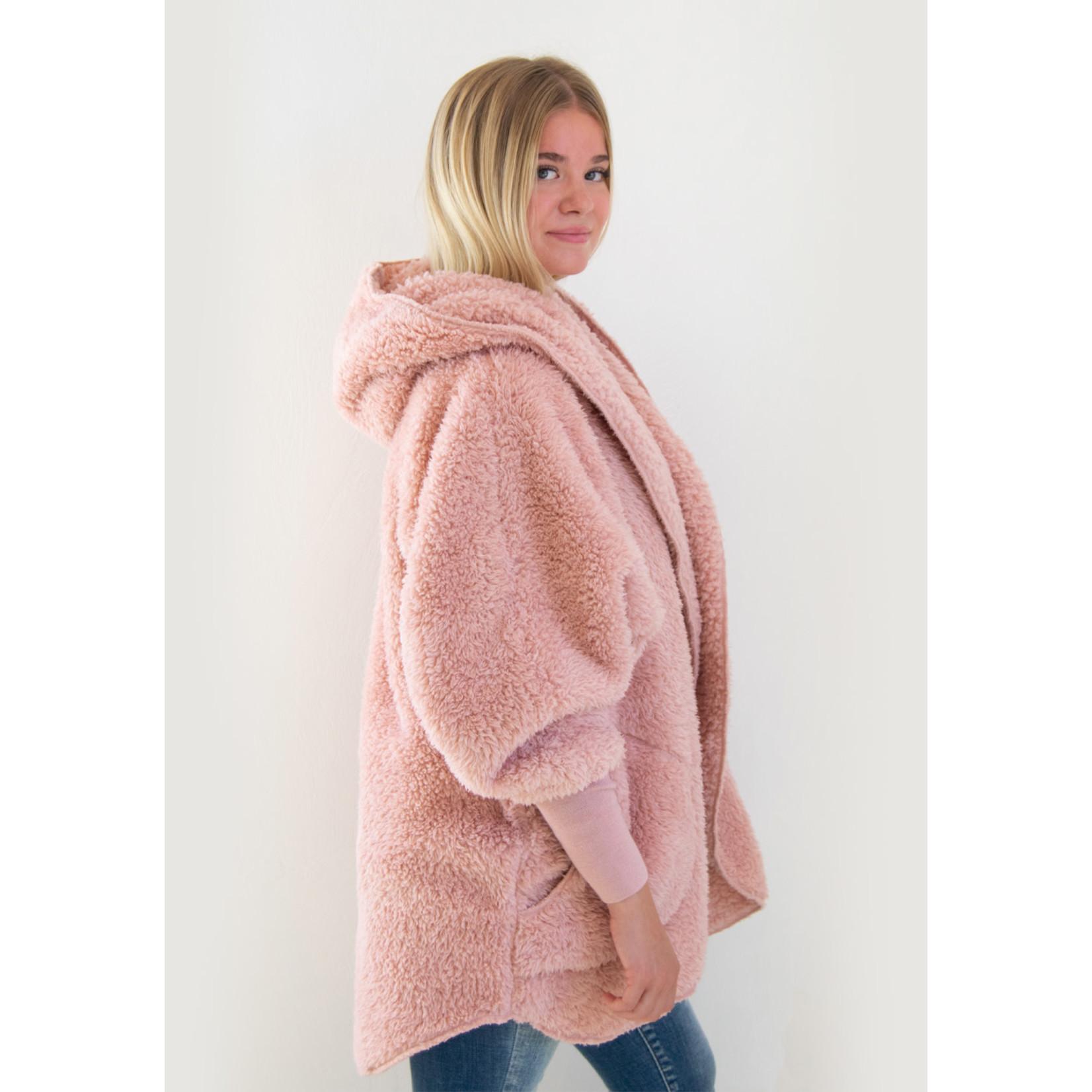 Nordic Beach Fuzzy Fleece Hooded Cardigan in Blush Wine