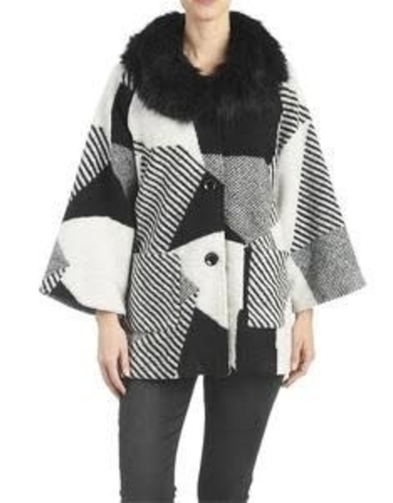 Black and Creme Perle Abstract Jacket w/ Faux Fur Collar O/S
