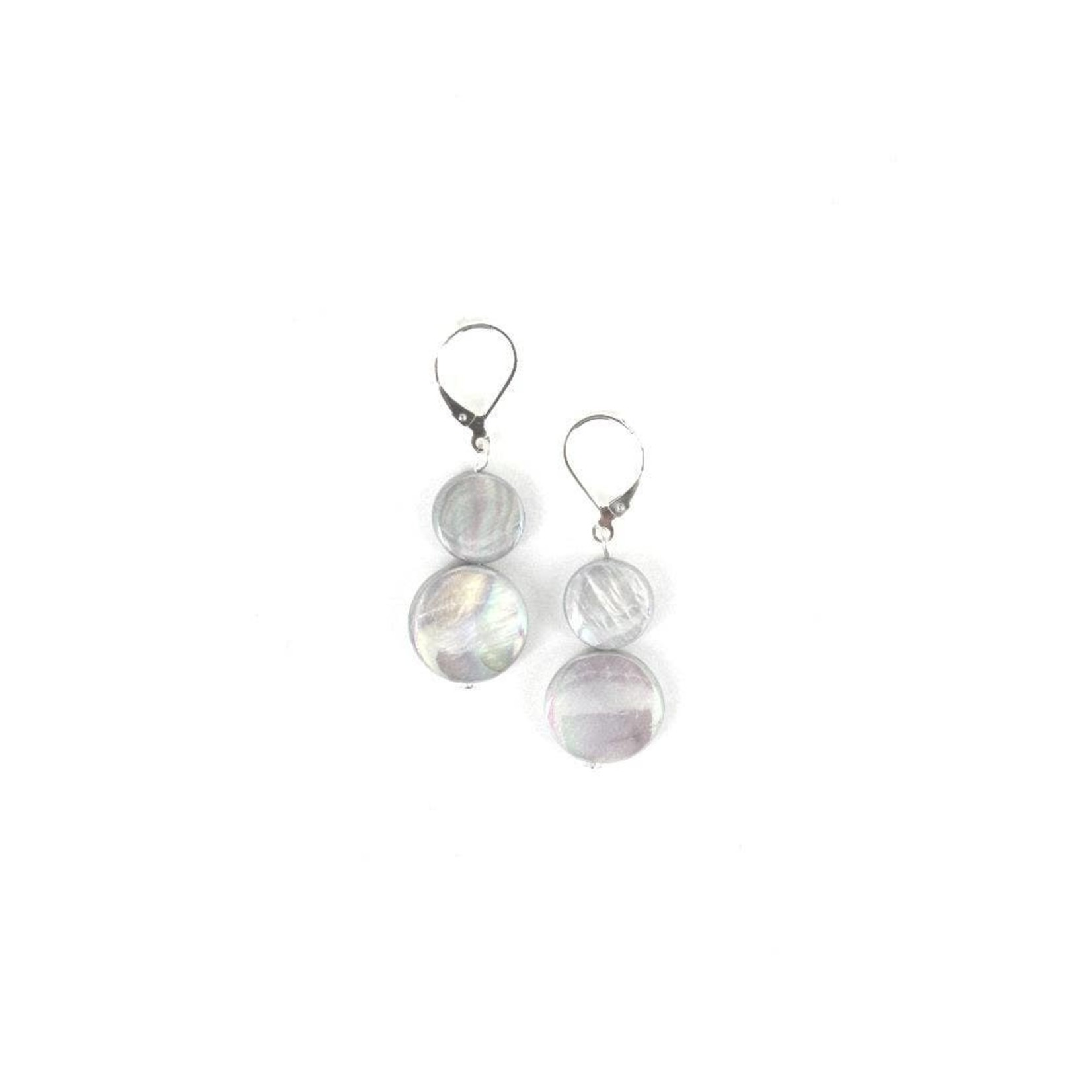 Sea Lily Gray Mother of Pearl Earring