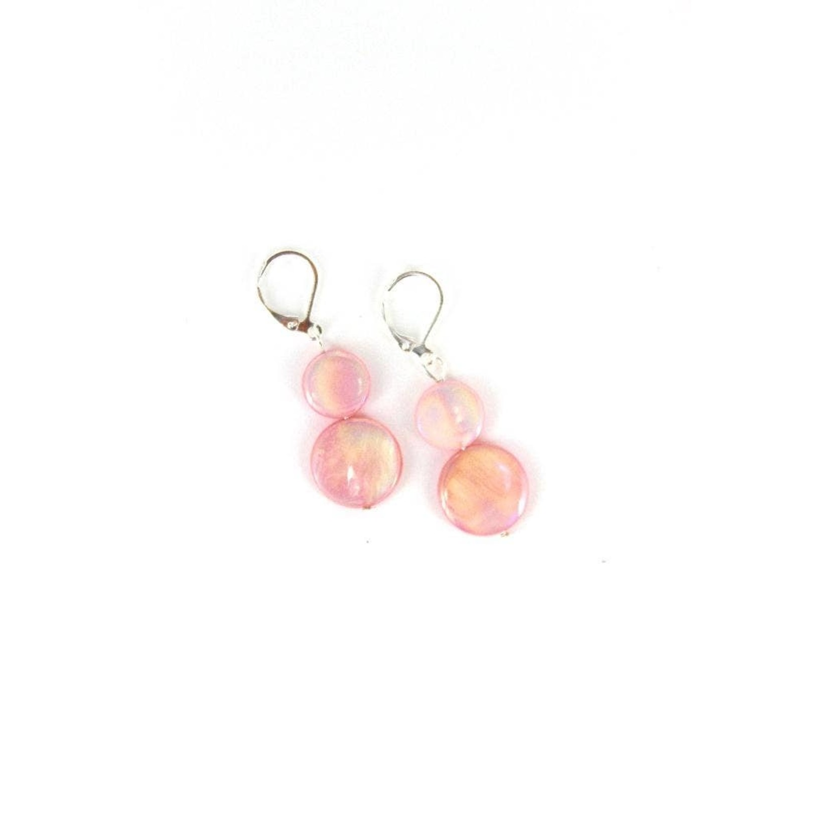 Sea Lily Pink Mother of Pearl Earring