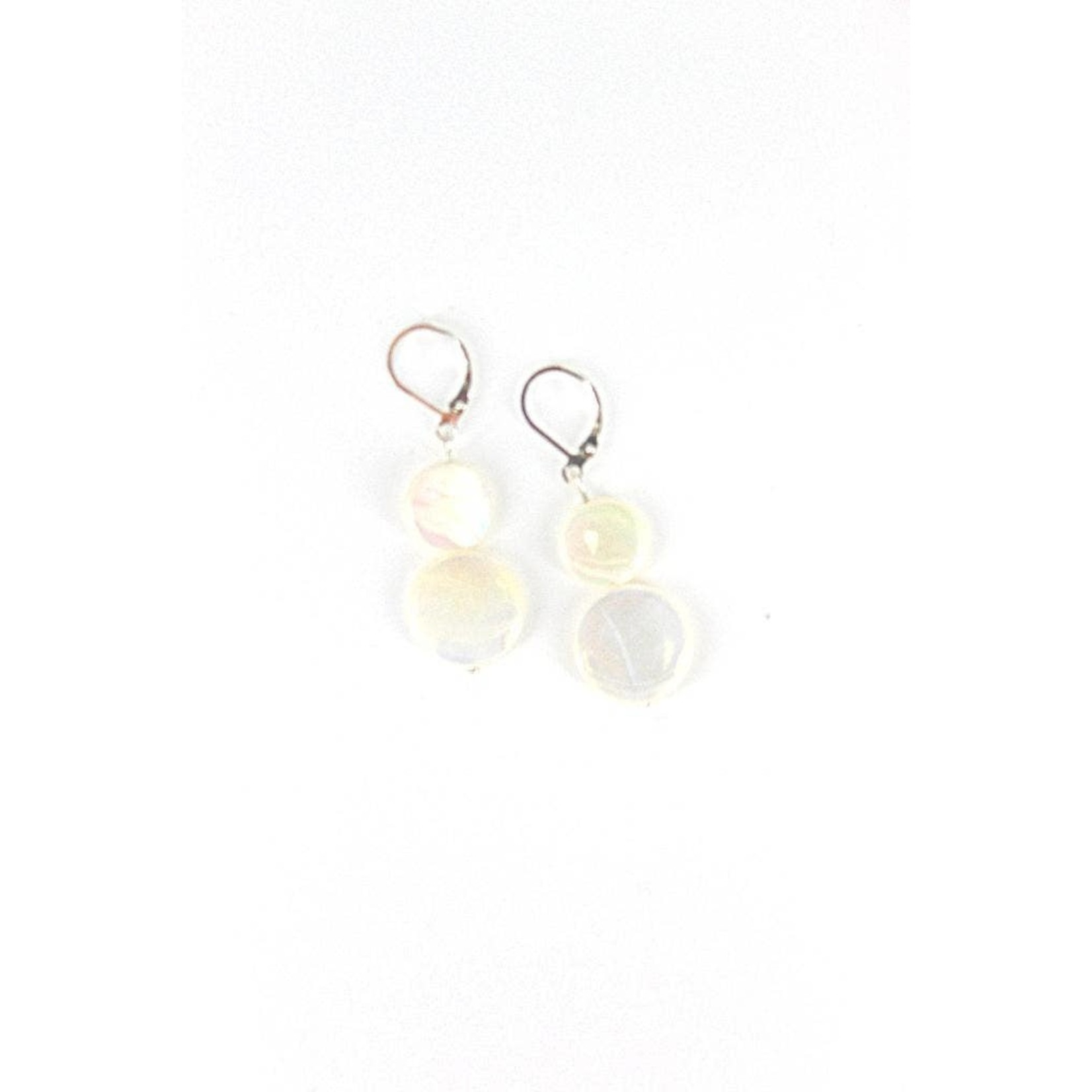 Sea Lily White Mother of Pearl Earring