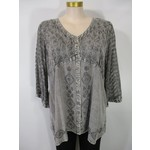 Parsley and Sage Renee Silver 3/4 Embroidered V-neck Top