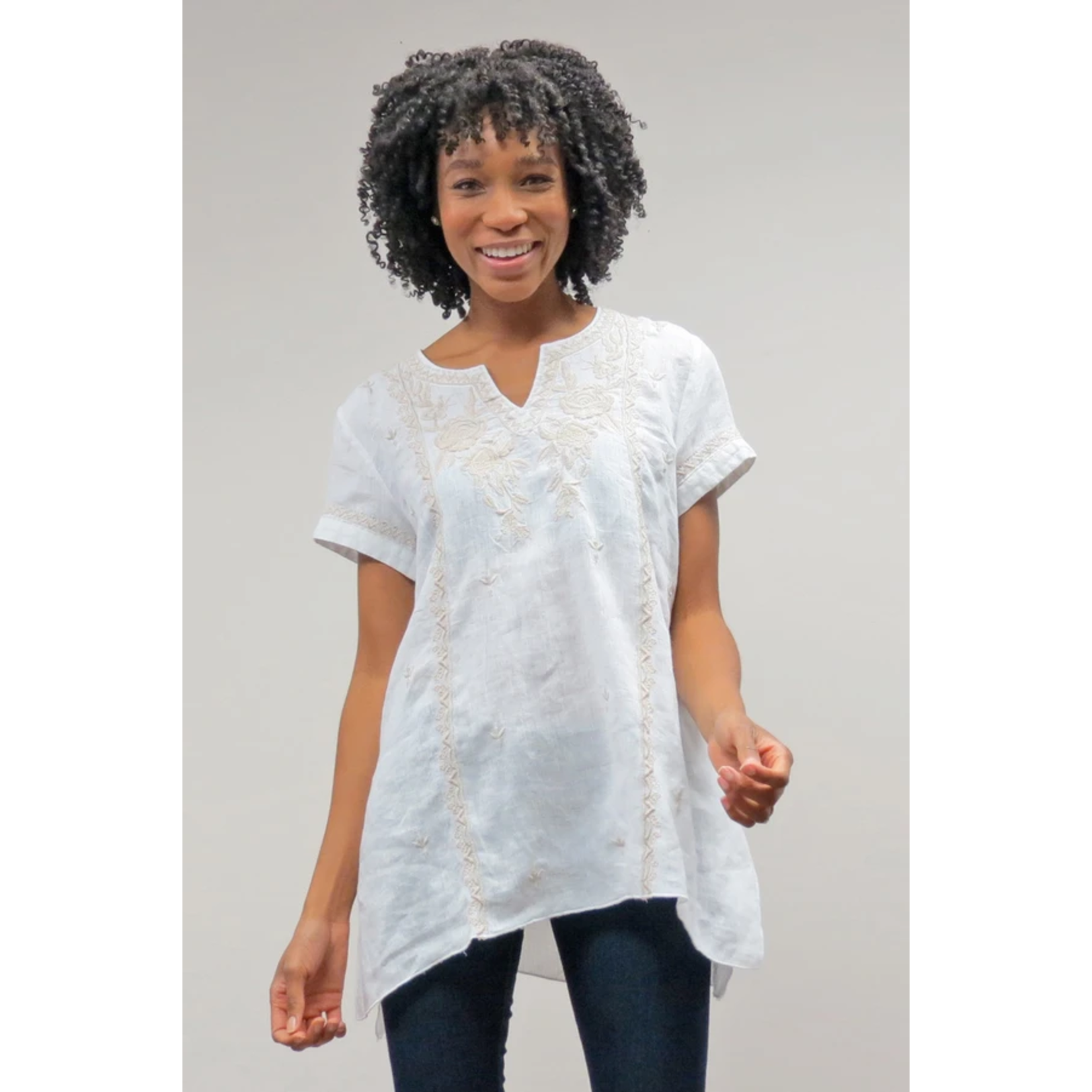 Caite Piper White Top w/ Embroidered Detail
