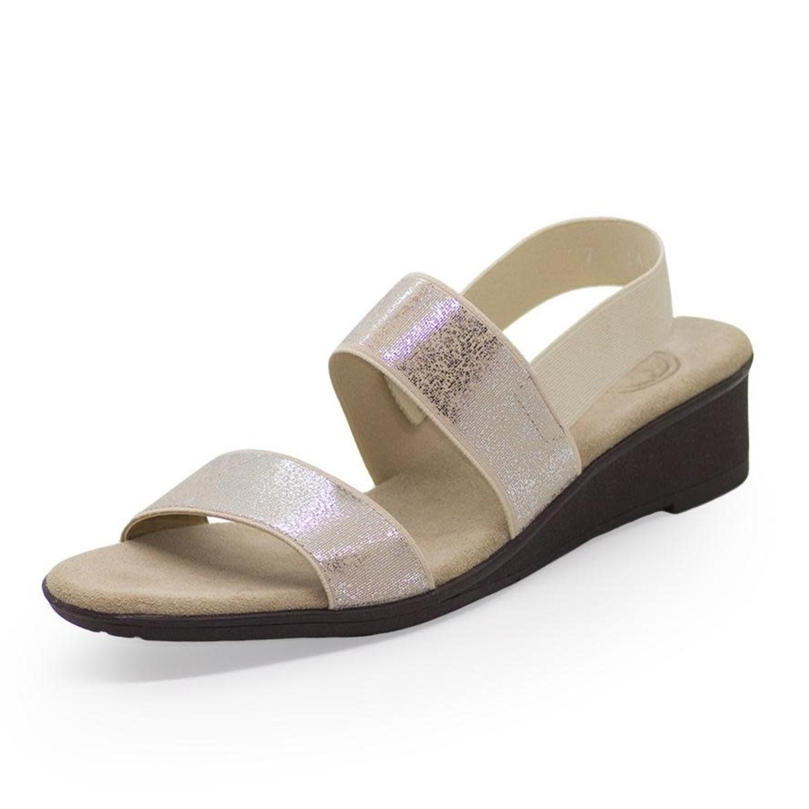 Hampton Shoe in Pearla 10